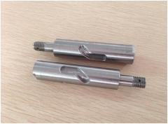 提供汽车非标零件加工,万向连接杆,机械配件,机械轴类车削加工