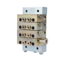 片式分配器 UV 882101