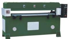 XCLP2-200双油缸裁断机_精密四立柱自动平衡连杆结构裁断机