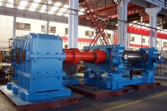 青岛鑫城26寸大型橡胶开炼机,大型开放式炼胶机,轮胎厂橡胶开炼机
