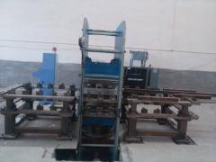 供应鑫城散热器橡胶垫硫化机设备_散热器橡胶件所需硫化机厂家